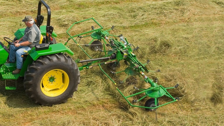 Hay and Forage Tedding Equipment