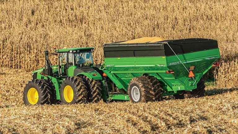 4WD and Track Tractors
