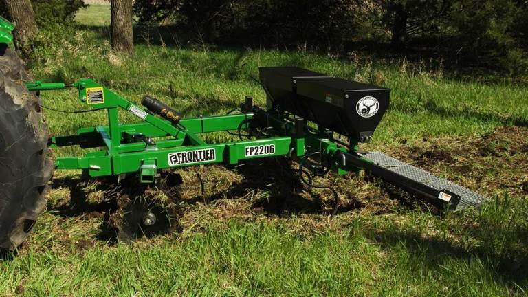 FP22 Series Food Plot Seeders