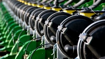 DB66 36Row22 Planter