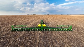 DB90 36Row30 Planter