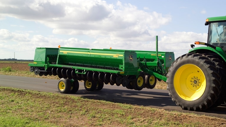 455 Front-Folding Grain Drill