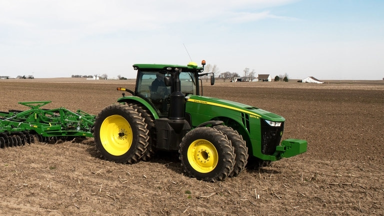 8370R Tractor