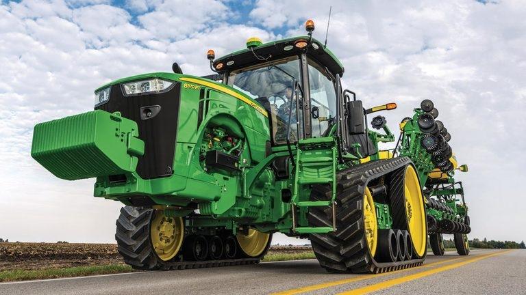 8370RT Tractor
