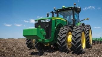8400R Wheel Tractor